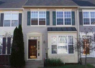 Casa en ejecución hipotecaria in Woodbridge, VA, 22191,  BATTERY HILL CIR ID: F4439818