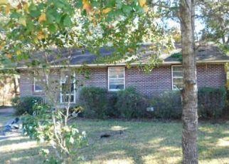 Casa en ejecución hipotecaria in North Charleston, SC, 29405,  LOUISE DR ID: F4439943