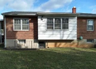 Casa en ejecución hipotecaria in Windsor Mill, MD, 21244,  COURTLEIGH DR ID: F4439998