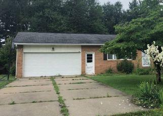 Casa en ejecución hipotecaria in Louisville, OH, 44641,  GRAPELAND AVE ID: F4440192