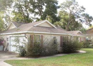 Casa en ejecución hipotecaria in Fruitland Park, FL, 34731,  WILLIAMS ST ID: F4440225