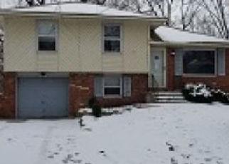 Casa en ejecución hipotecaria in Grandview, MO, 64030,  CAMBRIDGE AVE ID: F4440650