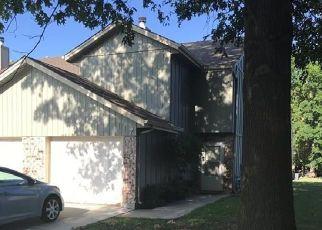 Casa en ejecución hipotecaria in Lees Summit, MO, 64086,  NE GREYSTONE DR ID: F4440651