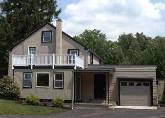 Casa en ejecución hipotecaria in Mohnton, PA, 19540,  NEW HOLLAND RD ID: F4440726
