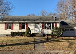 Casa en ejecución hipotecaria in Stratford, CT, 06614,  STRECKFUS RD ID: F4440803