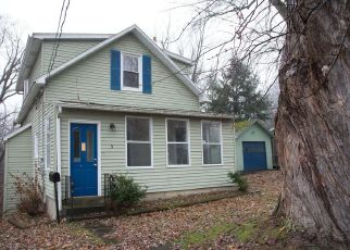 Casa en ejecución hipotecaria in Rensselaer Condado, NY ID: F4440808