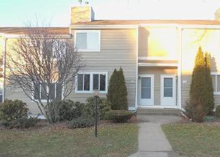 Casa en ejecución hipotecaria in Vernon Rockville, CT, 06066,  OLD TOWN RD ID: F4440809