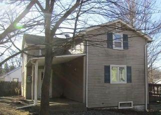 Casa en ejecución hipotecaria in Terryville, CT, 06786,  OVERLOOK RD ID: F4440834