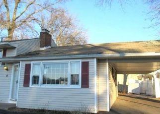 Casa en ejecución hipotecaria in West Hartford, CT, 06107,  ASHFORD RD ID: F4440843