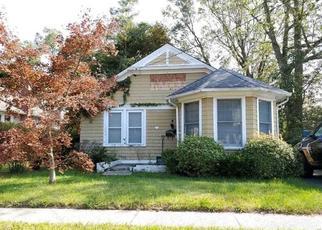 Casa en ejecución hipotecaria in Blue Point, NY, 11715,  BELL AVE ID: F4440851