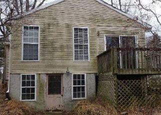 Casa en ejecución hipotecaria in Linden, VA, 22642,  BIFROST WAY ID: F4441173