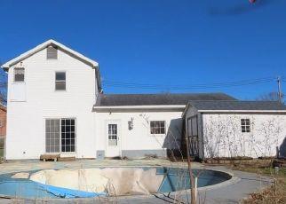 Casa en ejecución hipotecaria in Waterloo, NY, 13165,  E WATER ST ID: F4441491