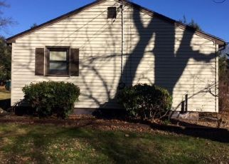 Casa en ejecución hipotecaria in Prospect, CT, 06712,  HEMLOCK RD ID: F4441524