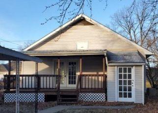 Casa en ejecución hipotecaria in Clinton, MO, 64735,  N 3RD ST ID: F4441555