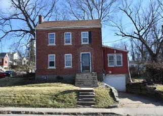 Casa en ejecución hipotecaria in Jefferson City, MO, 65101,  MONROE ST ID: F4441557