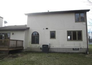 Casa en ejecución hipotecaria in Orchard Park, NY, 14127,  MINDEN DR ID: F4443412