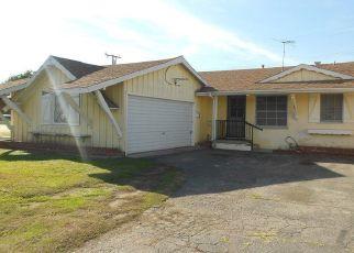 Casa en ejecución hipotecaria in Paramount, CA, 90723,  WIEMER AVE ID: F4444344