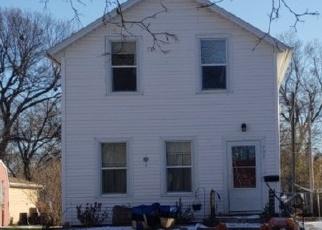 Casa en ejecución hipotecaria in Yankton, SD, 57078,  LOCUST ST ID: F4444517
