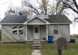 Casa en ejecución hipotecaria in Carthage, MO, 64836,  W MACON ST ID: F4445192