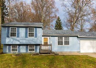 Casa en ejecución hipotecaria in Stow, OH, 44224,  KENNETH RD ID: F4445956
