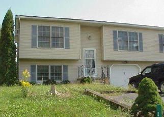 Casa en ejecución hipotecaria in Cumberland Condado, PA ID: F4446381