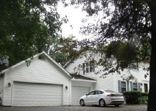 Casa en ejecución hipotecaria in Burnsville, MN, 55306,  WOODS TRL S ID: F4446604