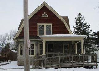 Casa en ejecución hipotecaria in Sherburne, NY, 13460,  UNION ST ID: F4446762