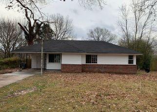 Foreclosure Home in Memphis, TN, 38116,  OAKWOOD DR ID: F4447872
