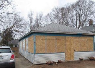 Foreclosure Home in Warwick, RI, 02889,  MAWNEY AVE ID: F4448827