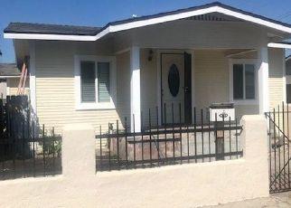 Casa en ejecución hipotecaria in Maywood, CA, 90270,  EVERETT AVE ID: F4449585