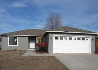 Foreclosure Home in White City, OR, 97503,  HERITAGE WAY ID: F4450171