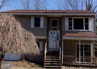 Casa en ejecución hipotecaria in Slingerlands, NY, 12159,  FONT GROVE RD ID: F4450708