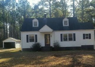 Casa en ejecución hipotecaria in Emporia, VA, 23847,  DRY BREAD RD ID: F4451914
