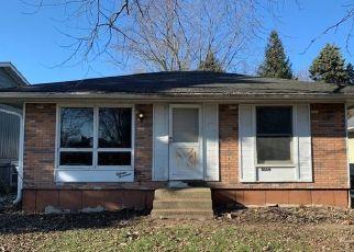 Casa en ejecución hipotecaria in Round Lake, IL, 60073,  NORTH AVE ID: F4452635