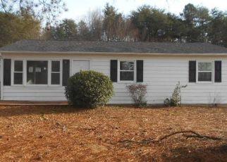 Casa en ejecución hipotecaria in Danville, VA, 24540,  ROBIN HOOD DR ID: F4454289