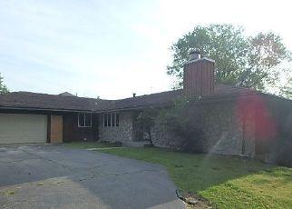 Casa en ejecución hipotecaria in Hazel Crest, IL, 60429,  HOLMES AVE ID: F4454724