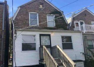 Casa en ejecución hipotecaria in Chicago, IL, 60637,  S PRAIRIE AVE ID: F4455594