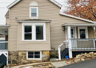 Casa en ejecución hipotecaria in Highland Falls, NY, 10928,  MOUNTAIN AVE ID: F4456108