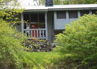 Casa en ejecución hipotecaria in Lake George, NY, 12845,  HILLCREST DR ID: F4456736