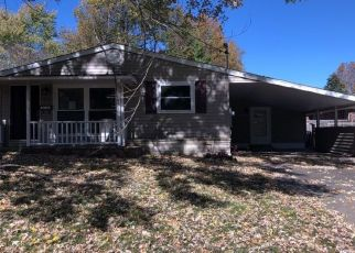 Foreclosure Home in Anna, IL, 62906,  PLUM ST ID: F4457110