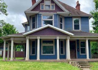 Casa en ejecución hipotecaria in Wellston, OH, 45692,  E 1ST ST ID: F4457290