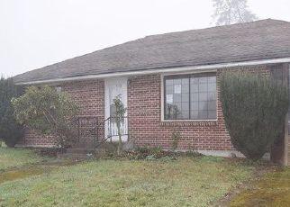 Casa en ejecución hipotecaria in Centralia, WA, 98531,  W PLUM ST ID: F4457475