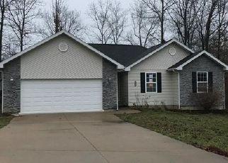 Casa en ejecución hipotecaria in Saint Robert, MO, 65584,  TALLADEGA RD ID: F4457527