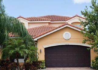 Casa en ejecución hipotecaria in Boynton Beach, FL, 33473,  CALABRIA LAKES DR ID: F4457567