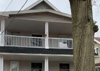 Casa en ejecución hipotecaria in Cleveland, OH, 44144,  BEHRWALD AVE ID: F4457593
