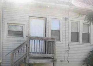 Casa en ejecución hipotecaria in Chicago, IL, 60649,  S YATES BLVD ID: F4458374