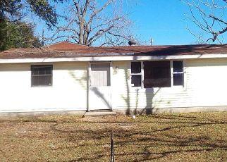 Casa en ejecución hipotecaria in Valdosta, GA, 31601,  HOLLYWOOD ST ID: F4458467