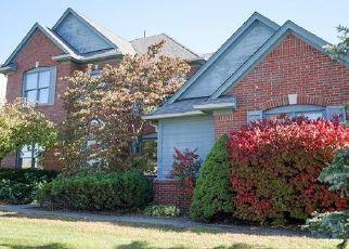 Casa en ejecución hipotecaria in Utica, MI, 48315,  CROFTON DR ID: F4459182