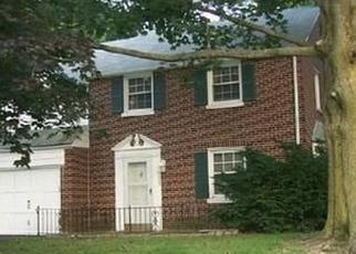 Casa en ejecución hipotecaria in Cheltenham, PA, 19012,  OAK LANE RD ID: F4459356