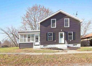 Casa en ejecución hipotecaria in Grass Lake, MI, 49240,  MAPLE ST ID: F4459365